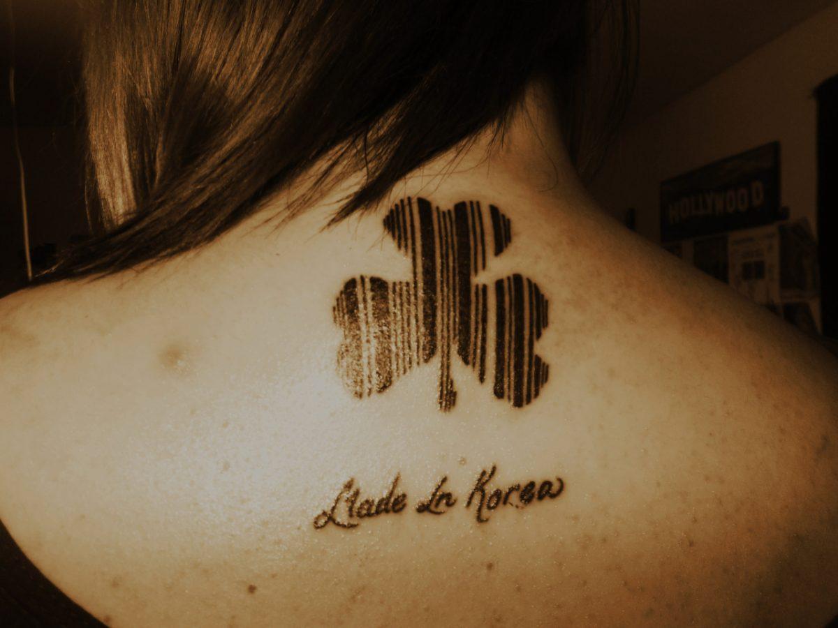tatuagem-codigo-de-barras-trevo-4-folhas
