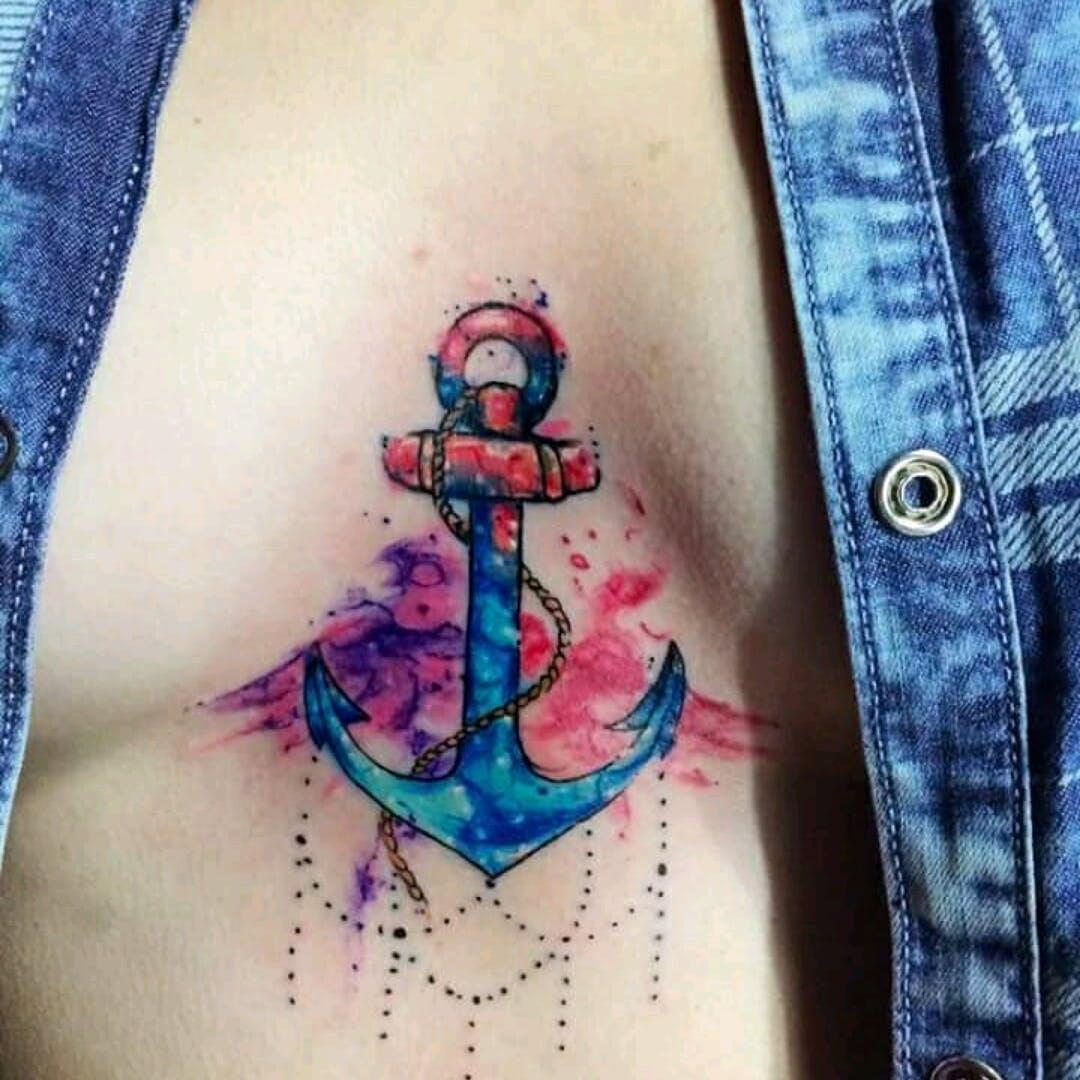 Tatuagem de Âncora nos seios aquarela